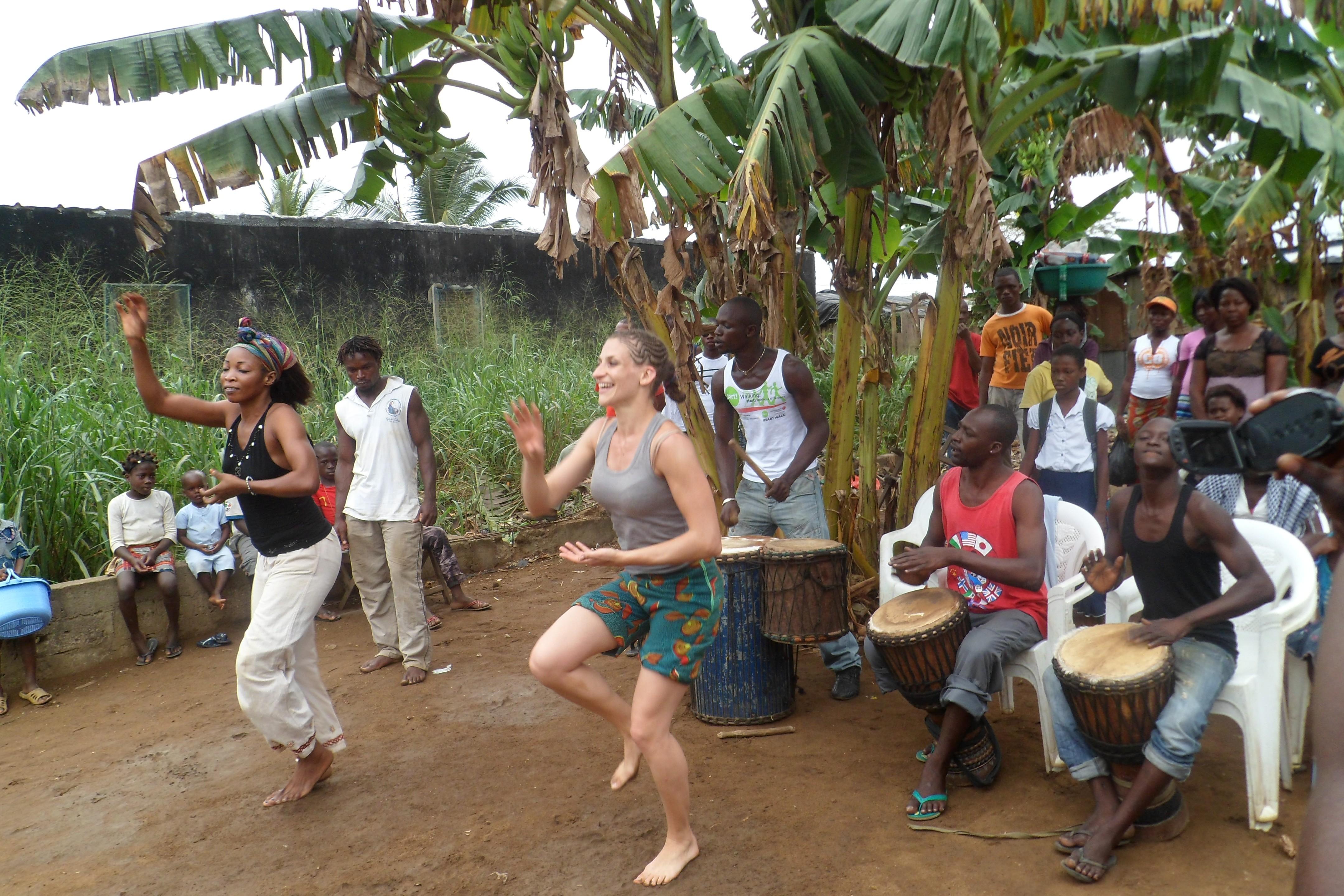 Stage de percussions danse et cuisine africaine en c te d for Abidjan net cuisine africaine